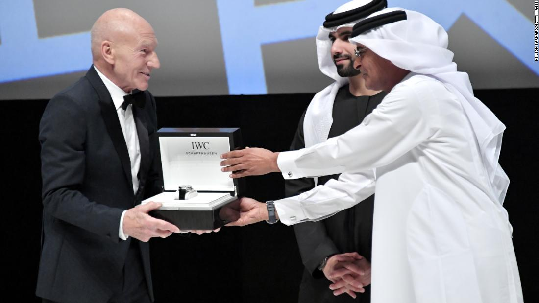 "Actor Patrick Stewart receives his Lifetime Achievement Award from HH Sheikh Mansoor bin Mohammed bin Rashid Al Maktoum and DIFF Chairman Abdulhamid Juma on December 6, 2017. Stewart has says he is keen to reprise the role of ""Star Trek"" Captain Jean-Luc Picard if director Quentin Tarantino's pitch for a new Trekkie film takes off."