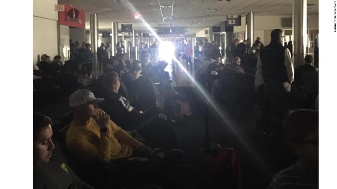 Atlanta's Hartsfield-Jackson airport restores power after crippling outage – Trending Stuff