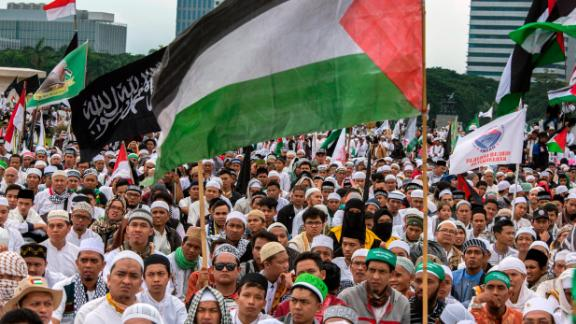 Protests took place in Jakarta Sunday as tens of thousands of Indonesian Muslims condemned Washington