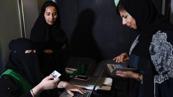 """""""Captinah's (female captains) will help us provide easier service to many women who want to move but be driven by women,"""" says Careem's co-founder and chief privacy officer, Dr. Abdallah Elyas, in reference to women from conservative backgrounds that do not accept being given a ride by an unknown male driver."""