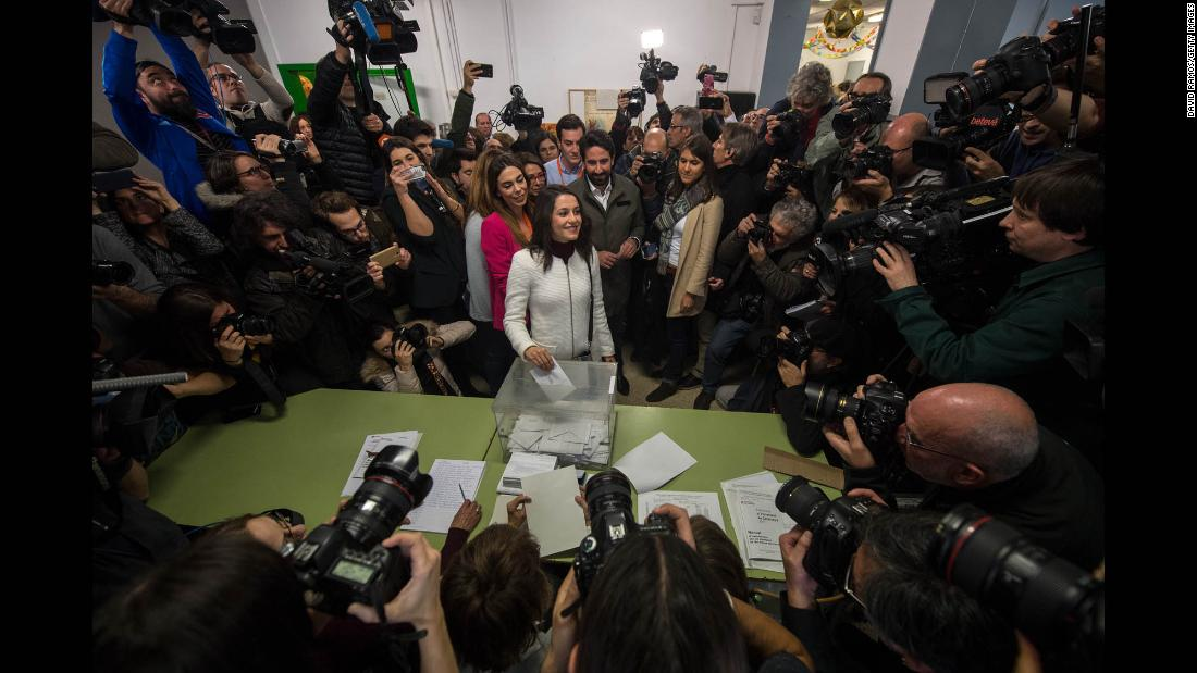 "Ines Arrimadas, leader of the liberal Ciutadans Party in Catalonia, casts her vote in Barcelona, Spain, on Thursday, December 21. Voters in the Spanish region of Catalonia have <a href=""http://www.cnn.com/2017/12/21/europe/catalonia-election-results-independence-spain-intl/index.html"" target=""_blank"">backed pro-independence parties in the elections</a> -- with more than 97% of the vote counted -- dealing a major blow to leaders in Madrid, which has been desperate to quell the separatist movement."