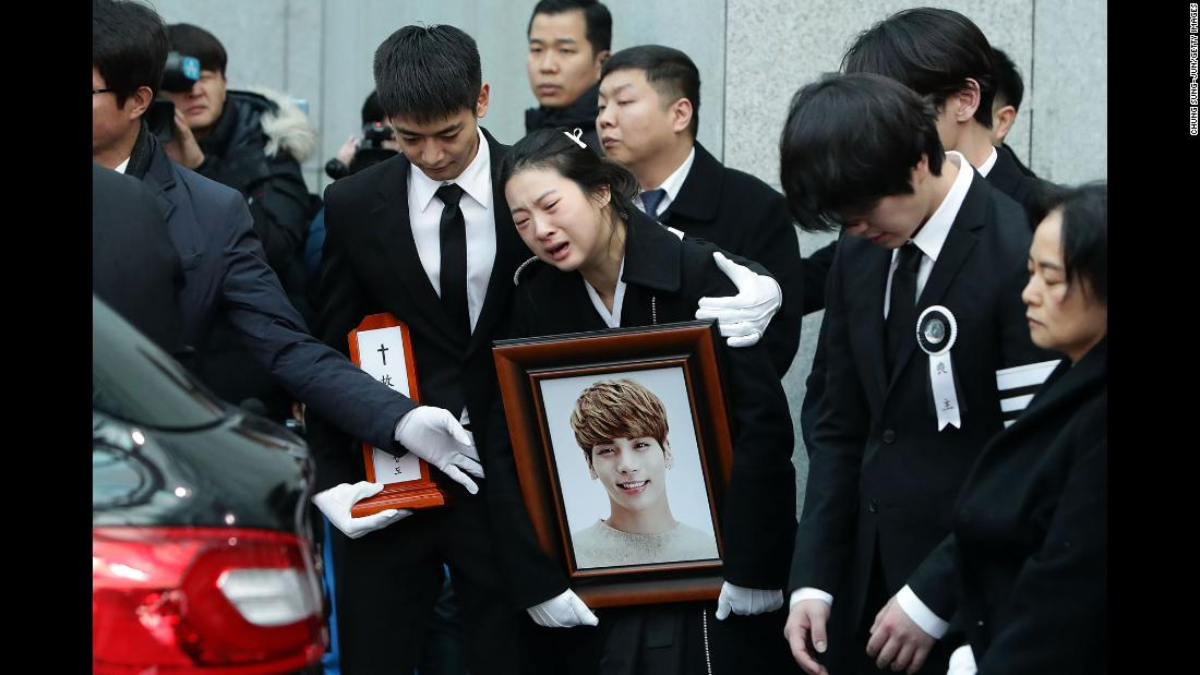 "Relatives of K-pop superstar Kim Jong-hyun weep during his funeral in Seoul, South Korea, on Thursday, December 21. The 27-year-old SHINee lead singer <a href=""http://www.cnn.com/2017/12/18/entertainment/k-pop-jonghyun-shinee-death-intl/index.html"" target=""_blank"">killed himself</a> on Monday, December 18, at a studio apartment in the Gangnam district of Seoul."