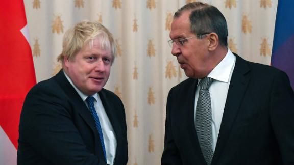UK Foreign Secretary Boris Johnson, left, and Russian Foreign Minister Sergey Lavrov meet in Moscow on December 22.