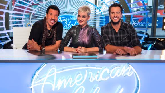 """Will a new judge panel, a new network and a familiar host be able to put some life back in """"American Idol""""? Dim the lights..."""