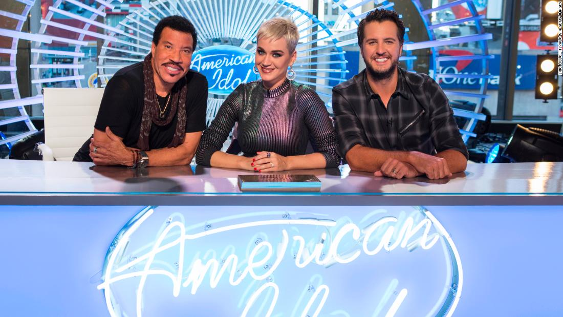 "Will a new judge panel, a new network and a familiar host be able to put some life back in ""American Idol""? Dim the lights..."