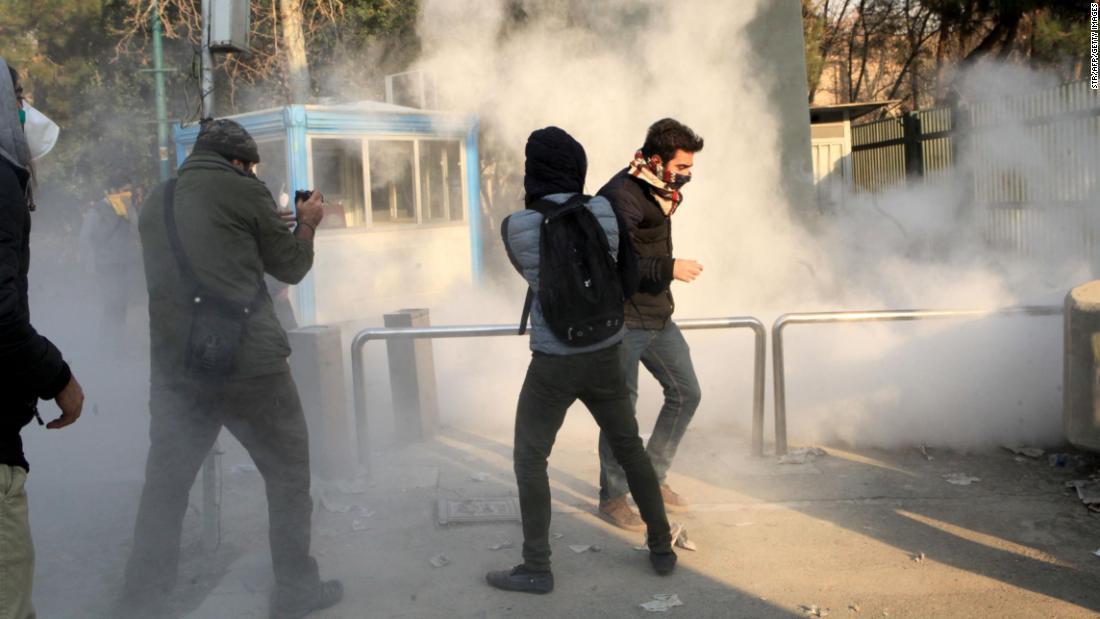 Iran Protests Tehran Accuses US Of Grotesque Meddling CNN - Minecraft ftb hauser