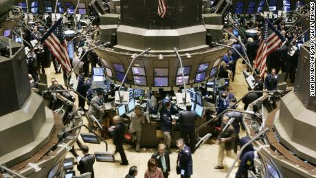 New York, UNITED STATES: Traders work on the floor of the New York Stock Exchange after the opening bell, 28 February 2007, one day after a large worldwide sell-off of stocks. The major US share indexes rebounded at the opening Wednesday, following the worst session in years and sharp declines in global markets a day earlier. The Dow Jones Industrial Average was up 56.00 points (0.46 percent) at 12,272.24 shortly after the opening bell, after shedding over 400 points (3.29 percent) a day earlier. The tech-dominated Nasdaq composite gained 6.59 points (0.27 percent) to 2,414.45 while the broad-market Standard and Poor's 500 index rose 5.41 points (0.39 percent) to 1,404.45. AFP PHOTO/Stan HONDA (Photo credit should read STAN HONDA/AFP/Getty Images)
