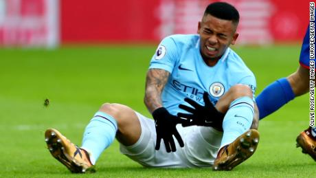 LONDON, ENGLAND - DECEMBER 31:  Gabriel Jesus of Manchester City reacts after injuring himself during the Premier League match between Crystal Palace and Manchester City at Selhurst Park on December 31, 2017 in London, England.  (Photo by Clive Rose/Getty Images)