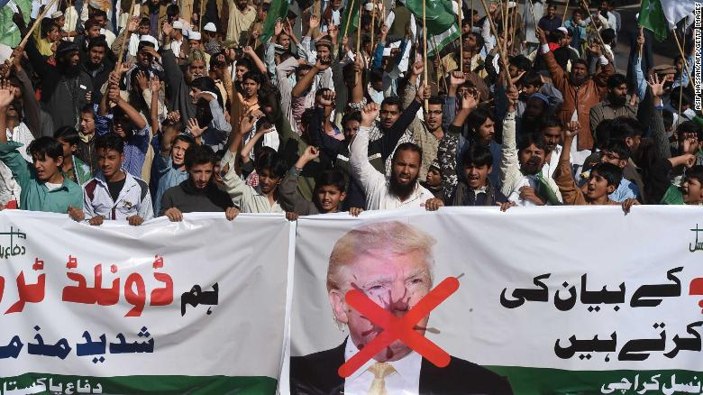US suspends security assistance to Pakistan
