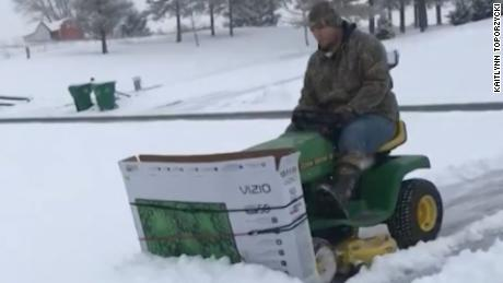 French dudes in outdoor plow