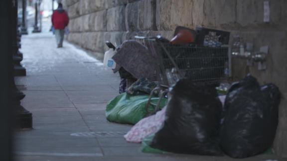 homeless poverty bomb robyn kriel _00000503.jpg