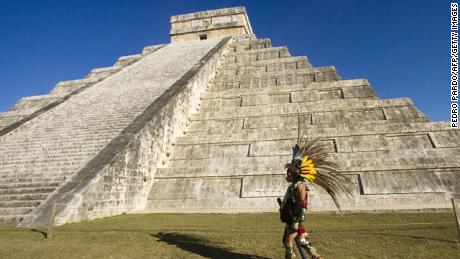 Hidden tunnel leads to Mayan 'entrance to the underworld' - CNN