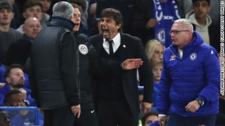 Jose Mourinho and Antonio Conte have fallen out -- and then some.