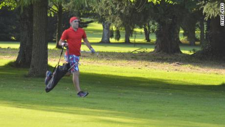 Jeffs on course during his speed golf record attempt.