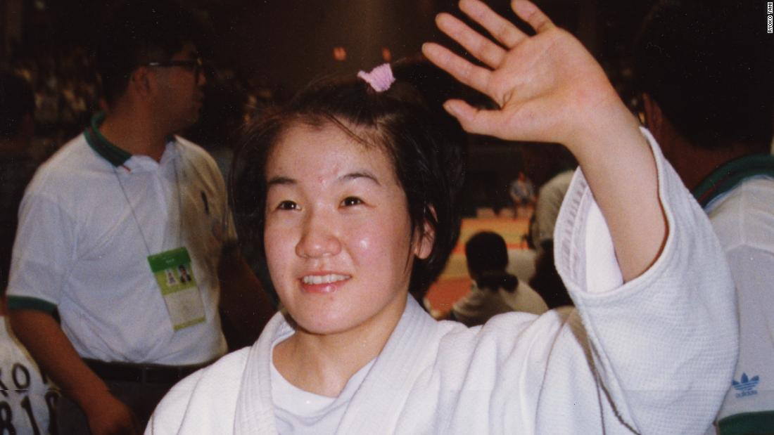 By 1995, despite only recently leaving her teenage years behind her, Tani had won five consecutive Fukuoka International titles.