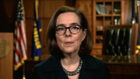 Oregon governor outraged at offshore drilling