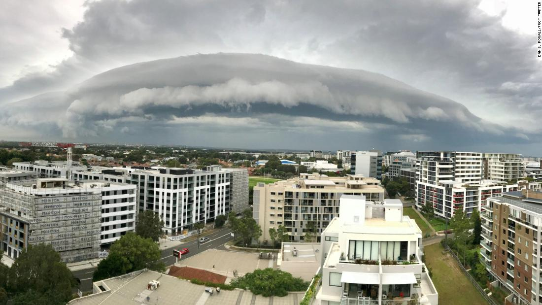 "A massive shelf cloud <a href=""http://www.cnn.com/2018/01/10/asia/sydney-australia-shelf-cloud-trnd/index.html"" target=""_blank"">looms over Sydney</a> on Tuesday, January 9. These menacing clouds are quite common in the Australian city."