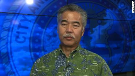 Hawaii governor explains the 38-minute delay