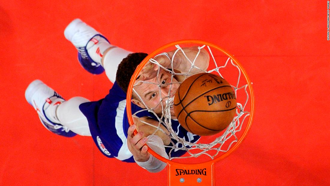 Blake Griffin of the Los Angeles Clippers dunks against the Sacramento Kings during the second half on January 13 in Los Angeles.