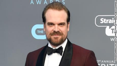 SANTA MONICA, CA - JANUARY 11:  Actor David Harbour attends The 23rd Annual Critics' Choice Awards  at Barker Hangar on January 11, 2018 in Santa Monica, California.  (Photo by Frazer Harrison/Getty Images)