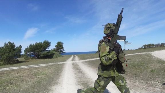 Sweden security leaflets pkg_00003512.jpg