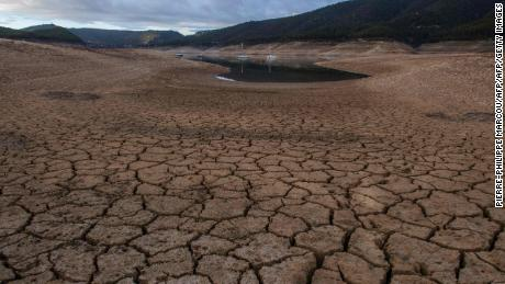 (FILES) This file photo taken on November 24, 2017 shows low water levels at a reservoir in drought-stricken Entrepenas near Sacedon, Spain.  The last three years were the hottest on record, the United Nations weather agency said on January 18, 2018, citing fresh global data underscoring the dramatic warming of the planet.  / AFP PHOTO / PIERRE-PHILIPPE MARCOUPIERRE-PHILIPPE MARCOU/AFP/Getty Images