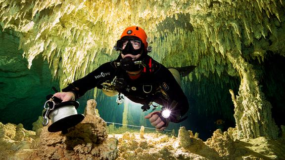 Divers from the Great Mayan Aquifer Project.