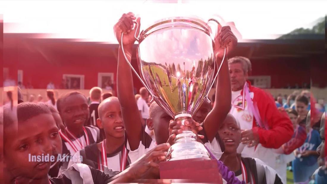 The kenyan ballers that beat barcelona cnn video - Kenay home barcelona ...