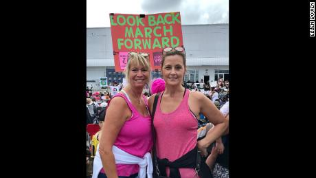 Ellen Bowen (on the left) took a photo with her friend at the march in Miami.