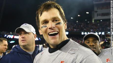 Patriots quarterback Tom Brady is seeking his sixth Super Bowl ring.
