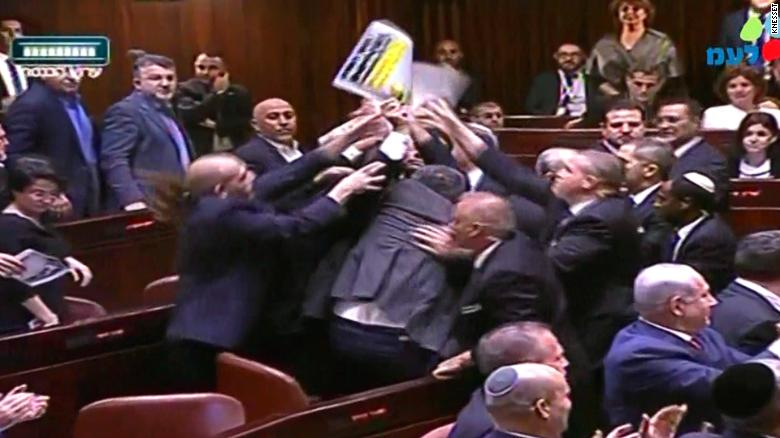 Arab lawmakers protest Pence's speech