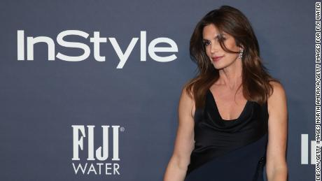 LOS ANGELES, CA - OCTOBER 23:  Cindy Crawford at the 2017 InStyle Awards presented in partnership with FIJI WaterAssignment at The Getty Center on October 23, 2017 in Los Angeles, California.  (Photo by Jonathan Leibson/Getty Images for FIJI Water)