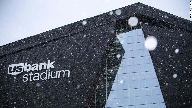 Fans at Super Bowl LII in Minneapolis can take comfort in the fact that US Bank Stadium has a fixed roof.