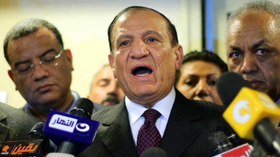 Egypt's former army chief of staff, Sami Anan speaks during a press conference Cairo on March 13, 2014.