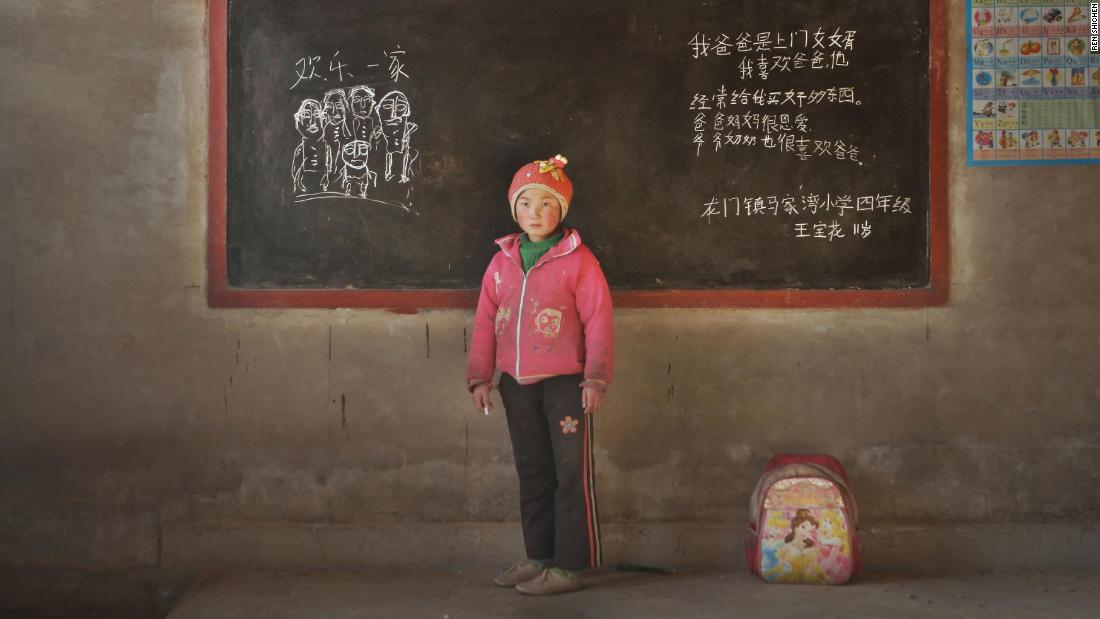 Photographer Documents Plight Of China S Left Behind Children
