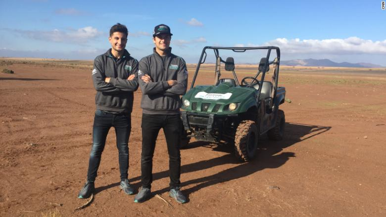 Formula E: Racing dune buggies in the Sahara
