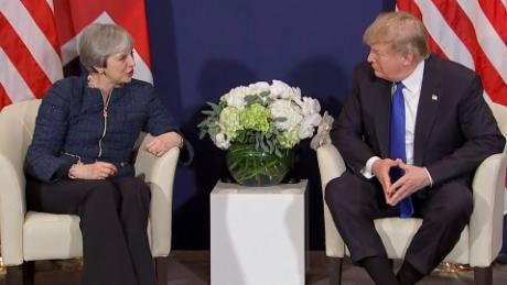 Trump meets with Theresa May in Davos