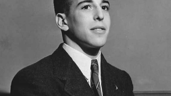 """Mottelson's relationship with the Science Talent Search dates back further than any other Nobel-winning alumni, becoming a finalist in 1944. Born in Illinois, he received the <a href=""""https://www.nobelprize.org/nobel_prizes/physics/laureates/1975/mottelson-facts.html"""" target=""""_blank"""" target=""""_blank"""">Nobel Prize in Physics</a> in 1975 for developing """"the theory of the structure of the atomic nucleus,"""" based on the connection between collective and particle motion of atomic nuclei."""