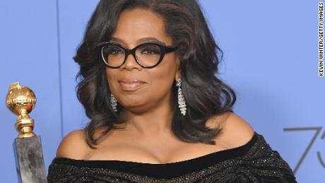 BEVERLY HILLS, CA - JANUARY 07:  Oprah Winfrey poses with the Cecil B. DeMille Award in the press room during The 75th Annual Golden Globe Awards at The Beverly Hilton Hotel on January 7, 2018 in Beverly Hills, California.  (Photo by Kevin Winter/Getty Images)
