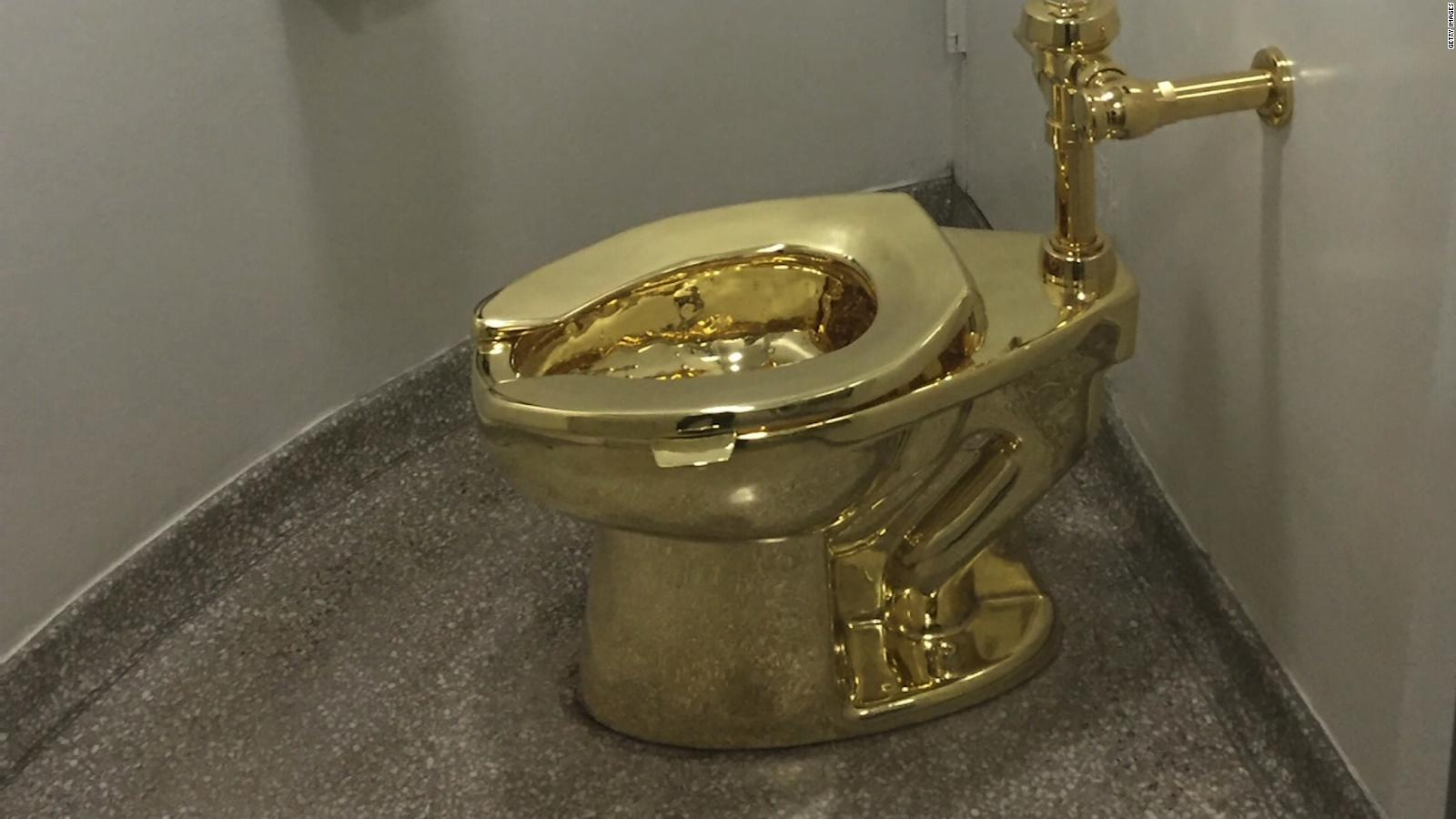 Museum offers Trump a gold toilet - CNN Video