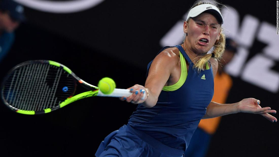 Wozniacki came out firing and especially with her forehand, building a 5-2 lead.