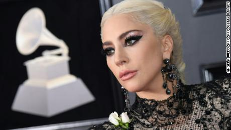 Lady Gaga arrives for the 60th Grammy Awards on January 28, 2018, in New York.  / AFP PHOTO / ANGELA WEISS        (Photo credit should read ANGELA WEISS/AFP/Getty Images)
