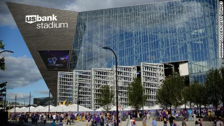 MINNEAPOLIS, MN - SEPTEMBER 1: A general view of U.S. Bank Stadium as fans arrive before the preseason game between the Minnesota Vikings and the Los Angeles Rams on September 1, 2016 in Minneapolis, Minnesota. (Photo by Hannah Foslien/Getty Images)