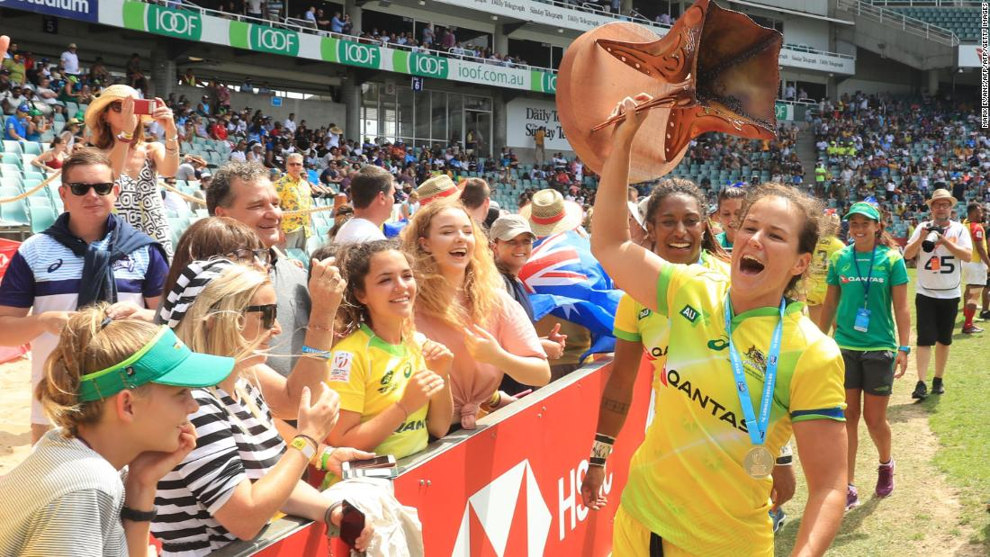 "Australia's women continued their storming start to the season <a href=""https://edition.cnn.com/2018/01/29/sport/sydney-australia-rugby-sevens-world-series/index.html"">in Sydney</a>. Tim Walsh's side became the first team ever to go a whole tournament without conceding a point."