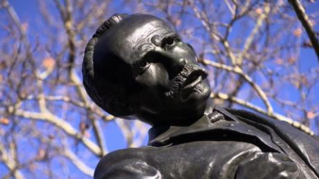 Sabías Que Hay Una Estatua De José Martí En Nueva York Cnn Video