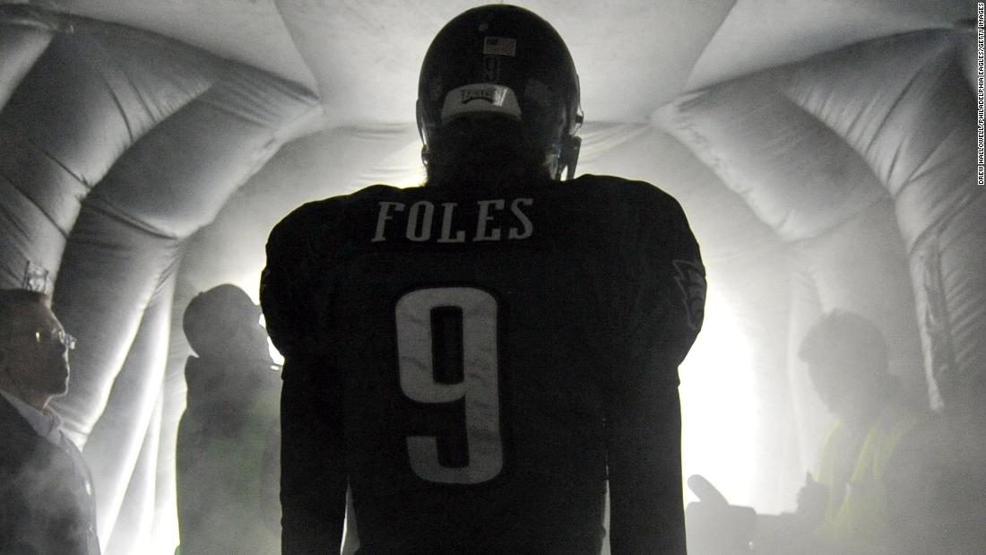Nick Foles goes from mulling retirement to Super Bowl LII starting  quarterback 88d41a85b