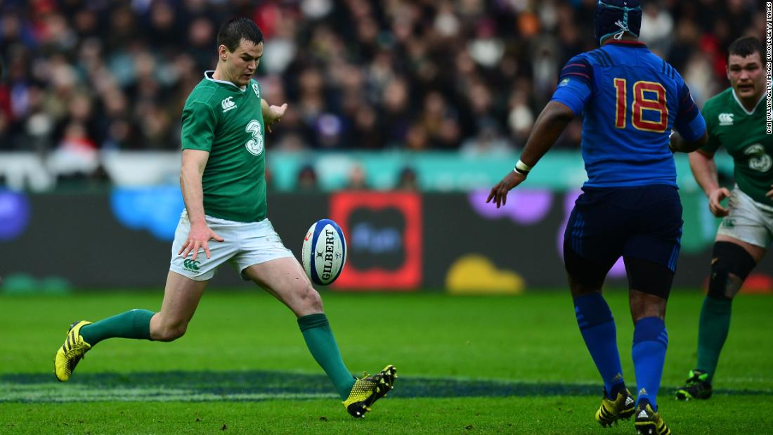 The familiar face of Johnny Sexton will marshal Ireland's back line. He has formed a trusty half-back partnership with scrumhalf Conor Murray.