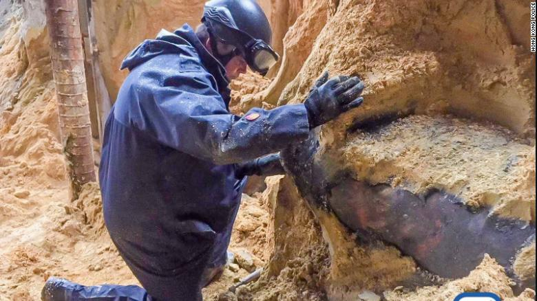 Another suspected explosive is found in a construction site at Convention Avenue, Wanchai today (2018-01-31), after one was defused last week at the same location.