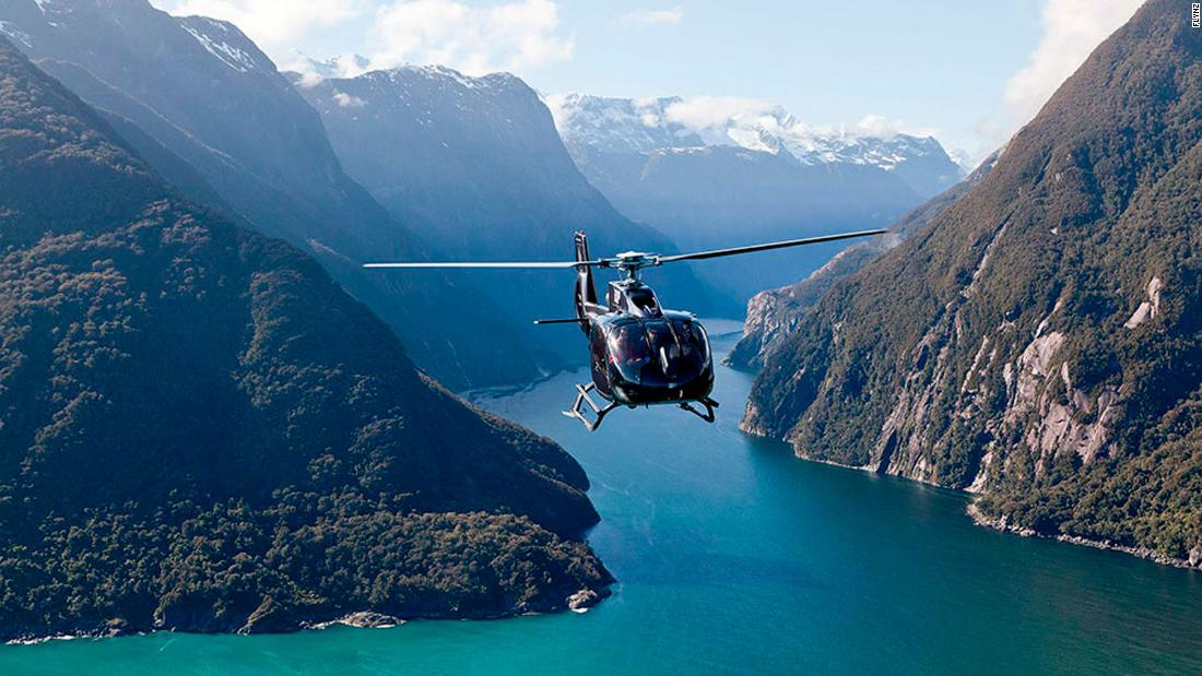 "<strong>Heli-picnic in New Zealand: </strong>With Queenstown as the setting, the ""Picnic on a peak"" experience is a thrilling way for couples to spend some quality time in a remote, tranquil location."