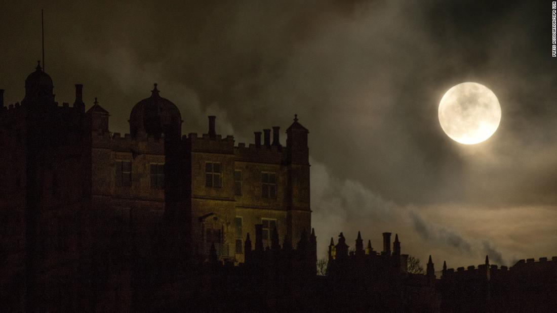 "A ""super blue blood moon"" rises above Bolsover Castle in Bolsover, England, on Wednesday, January 31. <a href=""https://www.cnn.com/2018/01/26/world/super-blue-blood-moon-guide-2018-intl/index.html"" target=""_blank"">Learn more about the incredibly rare celestial convergence</a>"